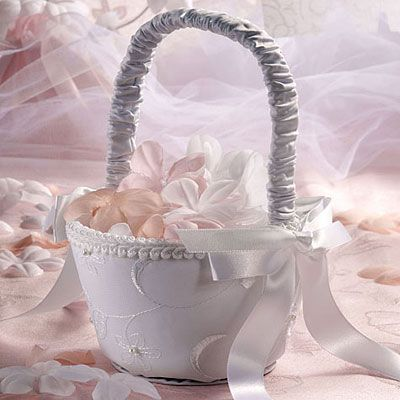 Deluxe Wedding Flower Girl Basket