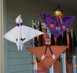 Flying Friends Porch Decorating Kit