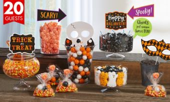 Halloween Deluxe Candy Kit with Containers for 20 Guests
