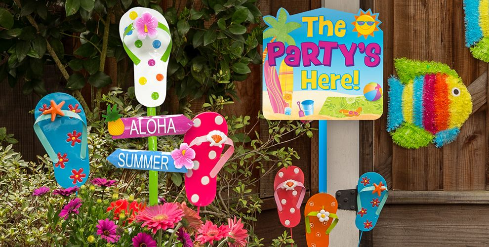 Summer yard signs decorative garden stakes party city for Outdoor yard decorations for summer