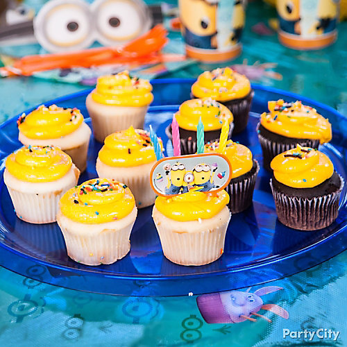 Despicable Me Cupcake Centerpiece Idea