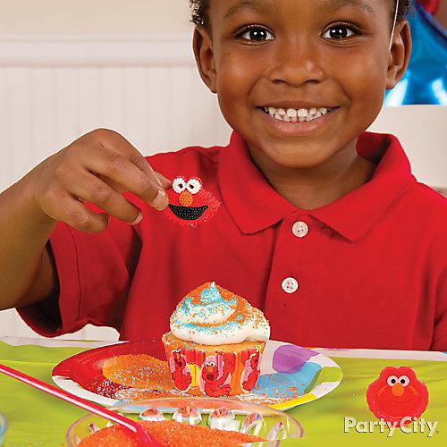 Elmo Cupcake Decorating Idea