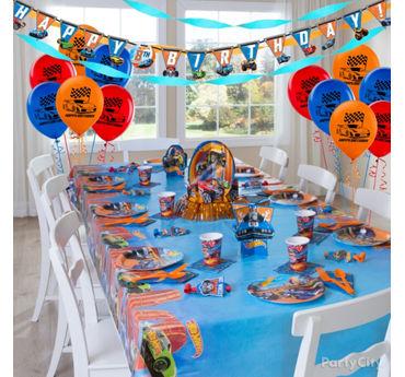 Hot Wheels Party Table Idea