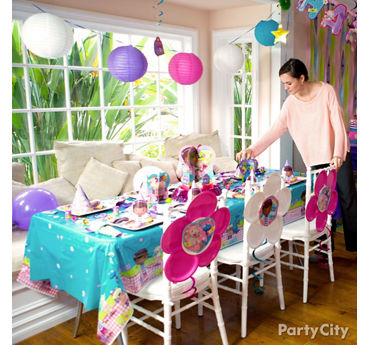 Doc McStuffins Party Table Idea