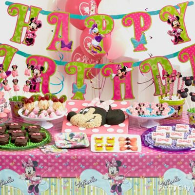 Minnie Mouse Treats Table Idea