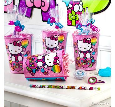 Hello Kitty Favor Cup Idea