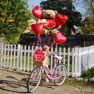Valentine's Day Heart Teddy Bear Balloon Bouquet Idea