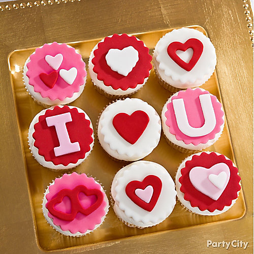 Valentines Day Message Cupcakes Idea