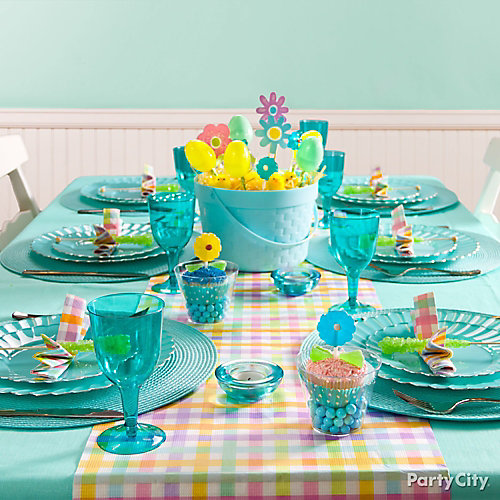 Blue Easter Table Idea