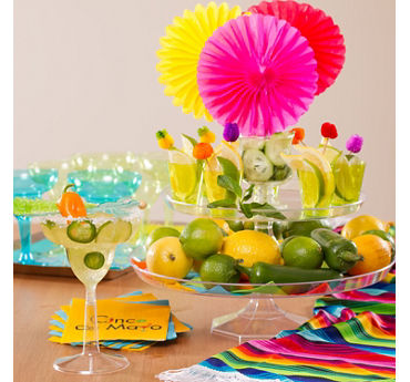 Cocktail Garnishes Display Idea