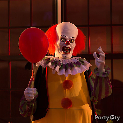 Halloween animated clown idea party city for Animated halloween decoration