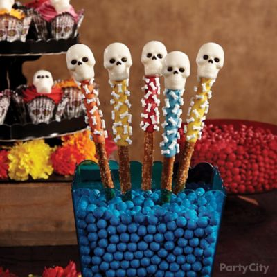 Day of the Dead Candy Skull Pretzel Pops How To
