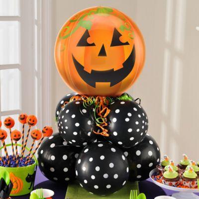 Halloween Jack-o'-Lantern Balloon Centerpiece Idea