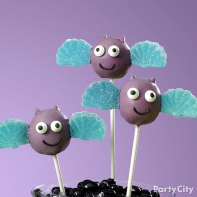 Friendly Bat Doughnut Pops How To