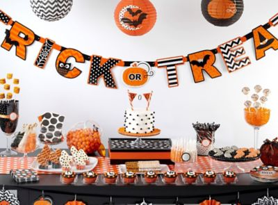 Modern Halloween Sweets & Treats
