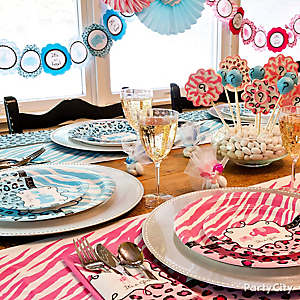 Gender Reveal Pink & Blue Table
