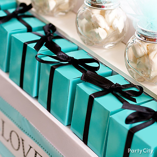 Robin's Egg Blue Favor Boxes Idea