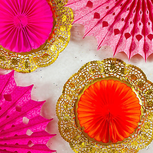 DIY Decorated Candy Bowls IdeaDIY Doily Fan Decorations Idea
