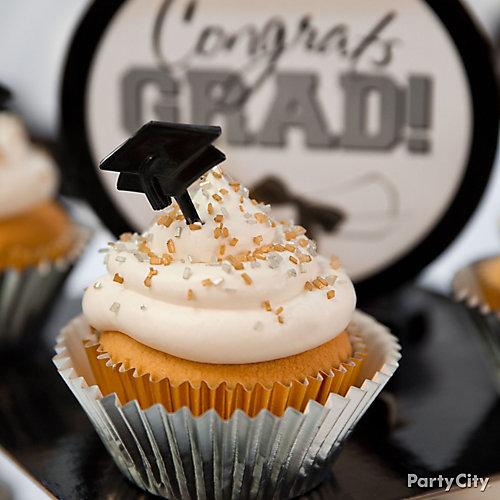 Grad Cap Cupcake Idea