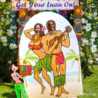 Luau Photo Booth Prop Idea