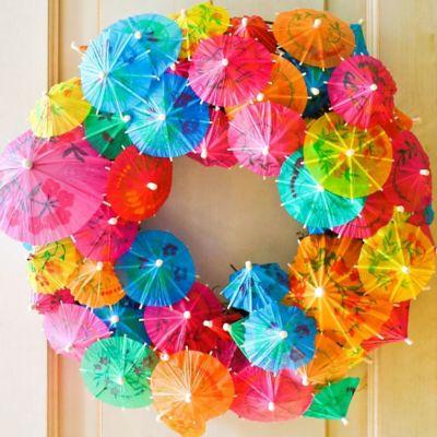 DIY Summer Cocktail Umbrella Wreath How To