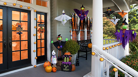 Friendly Halloween Porch Ideas