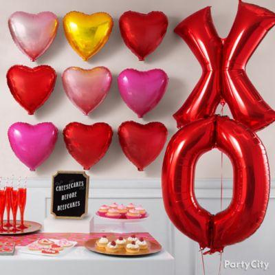 XOXO Balloon Wall Idea