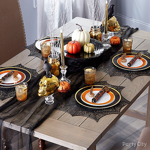 eerie elegant tablescape idea - Elegant Halloween Party