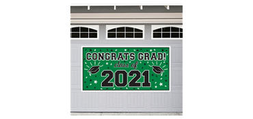 Green 2013 Graduation Banner 65in