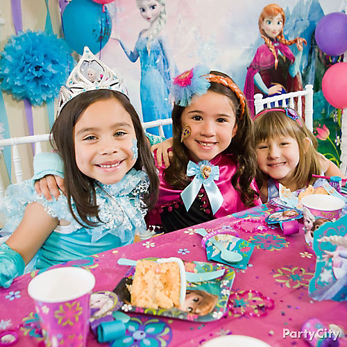 Disney frozen party ideas party city party city frozen party ideas stopboris Image collections