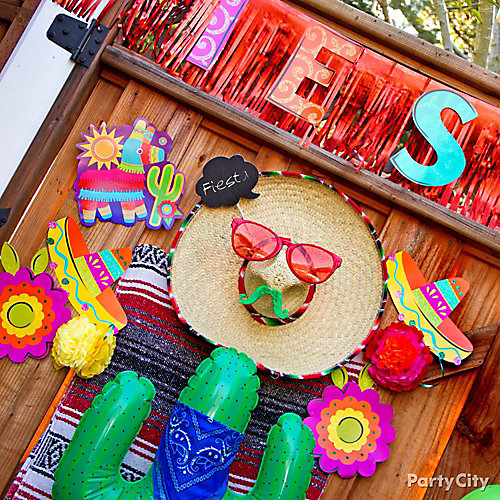Fiesta Sombrero Face Idea  sc 1 st  Party City : decorating ideas for mexican themed party - www.pureclipart.com