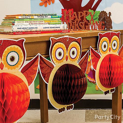 Fall Class Owl Decorating Idea