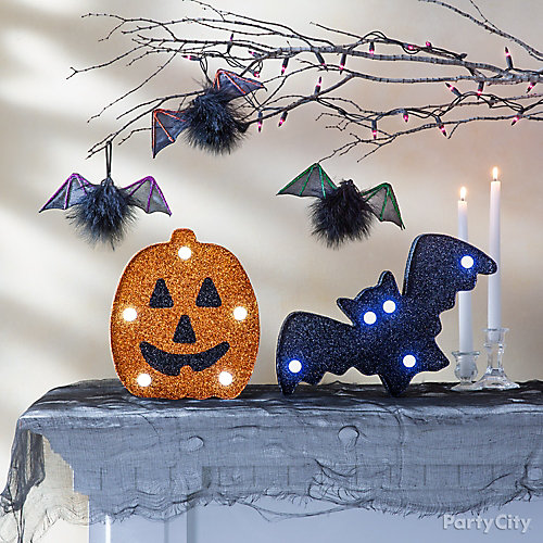 Cute Halloween Mantel Idea